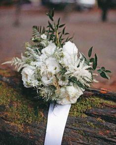 An Environmentally-Friendly Destination Wedding in Big Sur, California Big Sur Wedding, Plan Your Wedding, White Wedding Bouquets, Bride Bouquets, Sustainable Wedding, White Peonies, Martha Stewart Weddings, Wedding Weekend, Groom And Groomsmen