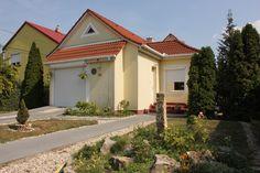 Balatonfüred- Központhoz közel hangulatos egyszintes családi ház - Kód: ALH132. - http://balatonhomes.com/code_ALH132. - Vételár: 45 000 000 Ft. - BalatonHomes Ingatlanközvetítés: http://balatonhomes.com/