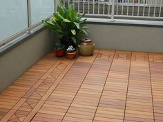 creative ways to hide eyesores around your home Upgrade your ugly concrete balcony with easy-to-install interlocking deck tiles.Upgrade your ugly concrete balcony with easy-to-install interlocking deck tiles. Balcony Tiles, Balcony Flooring, Balcony Deck, Outdoor Balcony, Outdoor Decor, Outdoor Spaces, Condo Balcony, Interlocking Deck Tiles, Outdoor Shelves