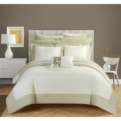 Chic Home 8 Piece Uma Modern TWO Tone Reversible Hotel Collection, with embellished borders and embroidery decor pillow Queen Bed In a Bag Duvet Set Beige With White Sheets included Scandinavian Modern, Bed Sets, Comforter Sets, Hotel Collection Bedding, White Sheets, Bed In A Bag, Guest Suite, Queen Duvet, Luxury Bedding