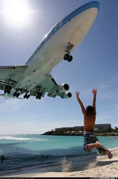 Boeing 747-422 aircraft picture. Determined to be here on my birthday
