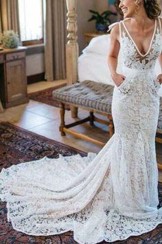 Generous Mermaid V-Neck Sleeveless Backless Ruched Lace Wedding Dress
