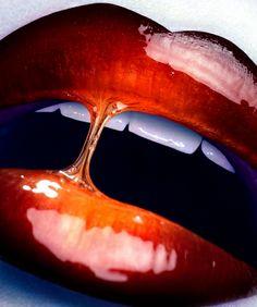 'Peek a Boo', photographer Christel Bangsgaard place in the 2011 International Photography Awards - Beauty). Beauty shoot featured in M Magazine Glossy Lips, Red Lips, Love Lips, Fotografia Macro, Lipgloss, Beauty Shoot, Beautiful Lips, Lip Art, Lipstick Art