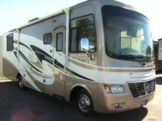 2011 Holiday Rambler Vacationer  for sale by owner on RV Registry http://www.rvregistry.com/used-rv/1012452.htm