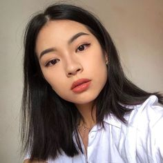 cute girl ulzzang 얼짱 hot fit pretty kawaii adorable beautiful korean japanese asian soft grunge aesthetic 女 女の子 g e o r g i a n a : 人 Asian Makeup Looks, Celebrity Makeup Looks, Natural Makeup Looks, Korean Makeup, Asian Makeup Natural, Korean Skincare, Natural Beauty, Japanese Makeup, Ethereal Beauty
