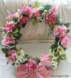 The Single Nester: Garland Turned Spring Wreath by Marilyn_Monroe_Wanna_Be