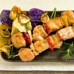 Quando la griglia non c'è, accendete il forno a 180° e... Spiedini-time!   #LeIdeediAIA #AIA #spiedini #verdura #verdure #carne #pollo #secondi #ricette #ricettario #cucinare #cucina