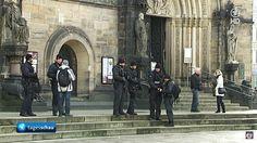 Jihad contra Igrejas: Perseguição Muçulmana aos Cristãos, março 2015 Polícia alemã fortemente armada dá proteção à Catedral em Bremen, após receber informações da inteligência de que jihadistas planejavam atacar a catedral e a sinagoga da cidade. (imagem: captura de tela de vídeo do Tagesschau)