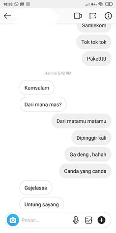 Quotes Lucu, Cinta Quotes, Jokes Quotes, Qoutes, Funny Quotes, Funny Chat, Chat Line, Best Funny Photos, Cute Texts