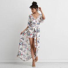 AE Kimono Maxi Romper ($45) ❤ liked on Polyvore featuring jumpsuits, rompers, white, maxi kimono, maxi romper, playsuit romper, print romper and white romper