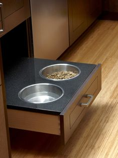 Where can one get this dog dish drawer insert? Dish Drawers, Puppy Crate, Airline Pet Carrier, Drawer Inserts, Kitchen Pulls, Pet Carriers, Houzz, Kitchen And Bath, Dog Bowls