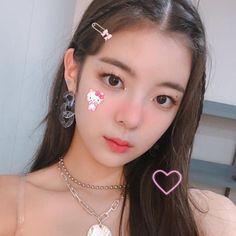 Kpop Girl Groups, Kpop Girls, K Pop, Twitter Layouts, Cybergoth, Cute Icons, I Love Girls, Kpop Aesthetic, My Princess
