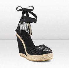 0c59aaa3860 PRUE Stand tall in these stylish espadrille sandals for Spring Summer