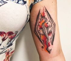 Watercolor tattoo style of Skyrim motive done by tattoo artist Gustavo Takazone Gamer Tattoos, Fandom Tattoos, Pin Up Tattoos, Body Art Tattoos, Sleeve Tattoos, Cool Tattoos, Movie Tattoos, Beautiful Tattoos, Fallout Tattoo