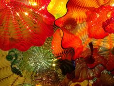 Dale Chihuly at VMFA,-This is made of glass...beautiful!
