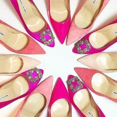 Always lovely in pink @manoloblahnikhq would have your bridal party on point! #manoloblahnik #manoloblahnikhq #shoesofinstagram #wanderlust #stunning #bridalstyle #beyou #uniqueshoes #weddinginspiration #pink #hotpink #shoegoals #prettyinpink #vibes #perf