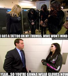 Idk if this is A joke or? Wwe Divas Paige, Wwe Total Divas, Paige Wwe, Wwe Funny, Funny Memes, Wwe Bray Wyatt, Wrestling Memes, Wwe Raw And Smackdown, Wwe Pictures