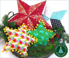 star-pillows-free-sewing-pattern-and-tutorial