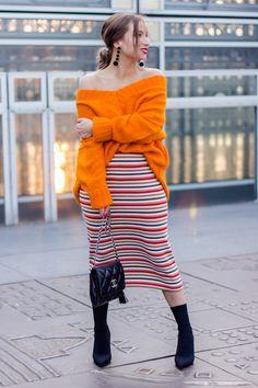 #PFW #fashionweek #parisfashionweek #pullorange #jupecrayon #pencilskirt #stripes #rayures #tendance #mode #fashion #parisianstyle