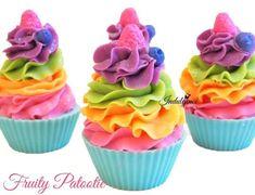 Fruity Patootie Handmade Artisan Vegan Soap Cupcake by svsoaps Soap Cake, Cupcake Soap, Cupcake Wars, Soap Recipes, Cupcake Recipes, Diy Savon, Cupcake Bath Bombs, Whipped Soap, Galletas Cookies