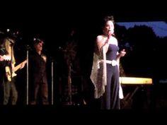 Loretta Lynn invites Kelly Lang to sing GoodBye Darlin at Conway Twitty ...