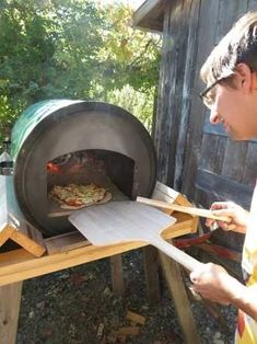 Diy Pizza Oven New Resultado De Imagen Para Barrel Pizza Ovens What the Of 23 Luxury Diy Pizza Oven Wood Oven, Wood Fired Oven, Wood Fired Pizza, Pizza Oven Outdoor, Outdoor Cooking, Four A Pizza, Fire Pizza, Rocket Stoves, Pizza Ovens