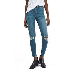 Topshop 'Jamie' Ripped Ankle Skinny Jeans (1 120 ZAR) ❤ liked on Polyvore featuring jeans, blue, high waisted ripped jeans, ripped skinny jeans, white distressed jeans, white high-waisted jeans and white skinny jeans