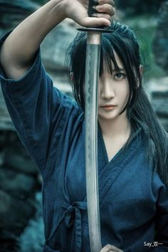 KATANA. (JAPANESE SWORD) Normally women do not fight using KATANA, this pic would be a cut from a movie. But so cool. - #Cool #cut #fight #JAPANESE #Katana #movie #pic #samurai #SWORD #women