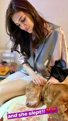 Indian Bollywood Actress, Beautiful Bollywood Actress, Shraddha Kapoor Cute, Creative Instagram Photo Ideas, Bollywood Stars, Bollywood Celebrities, Actress Photos, Selena Gomez, Actresses