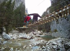 Building a suspension bridge in Bicaz Gorge #greatwalker