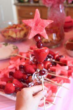 — The Diva Dish - Kate Phillips - Pink Princess Party! — The Diva Dish Pink Princess Party! — The Diva Dish - 4th Birthday Parties, 3rd Birthday, Birthday Ideas, 1st Birthdays, Fruit Birthday, Princess Birthday Parties, Fairy Birthday, Birthday Decorations, Birthday Party Snacks