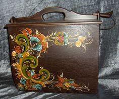 Kari's Rosemaling Rosemaling Pattern, Norwegian Style, Norwegian Rosemaling, French Horn, Craft Sale, Horns, Folk Art, Shape, Easy