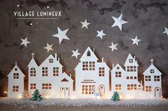 A Christmas village is actually essential in winter in the house . A Christmas village is actually essential in winter in the house . Look at 8 easy to make Christmas villages! Diy Christmas Lights, Noel Christmas, Christmas Paper, All Things Christmas, Winter Christmas, Christmas Decorations, Christmas Ornaments, Simple Christmas, Beautiful Christmas