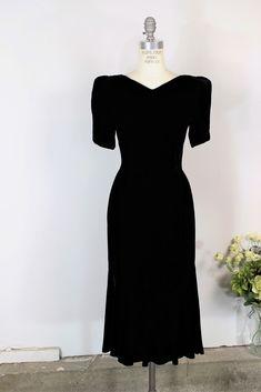 1d60979fb48 Toadstool Farm Vintage · Products · Vintage 1980s Does 1940s Black Velvet  Dress