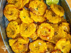 Try our healthy air fryer tostones recipes. See a full list of ingredients and how to prepare this air fried recipe step by step. Air Fryer Recipes Snacks, Air Fryer Recipes Vegetarian, Air Fryer Recipes Low Carb, Air Fryer Recipes Breakfast, Air Fry Recipes, Air Fryer Dinner Recipes, Cooking Recipes, Healthy Recipes, Cooking Tips
