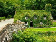 Casa de té Tu Hwnt I'r Bont, Llanrwst, North Wales.