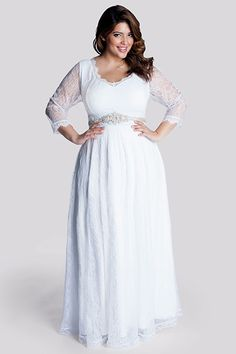 10 Plus-Size Wedding Dresses You'll Love #refinery29 http://www.refinery29.com/68964#slide6