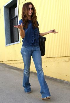 casual chic' - aviators, denim, cute ruffle detail in shirt, great hair and bag!  Kate is adorable!