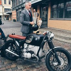 BMW cafe racer.