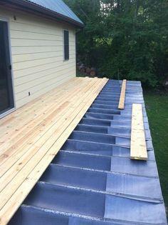 Building A Deck 807622145657210666 - site built EPDM deck crainage system Source by jeanloris Under Deck Drainage System, Under Decks, Deck Construction, Deck Railings, Railing Ideas, Deck With Pergola, Roof Deck, Backyard Patio Designs, My Pool
