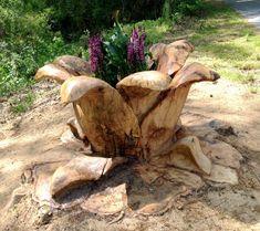 The Davis Bloom: a tree stump flower planter - Modern Tree Carving, Wood Carving Art, Flower Planters, Garden Planters, Rustic Planters, Tree Sculpture, Garden Sculpture, Tree Stump Planter, Tree Art