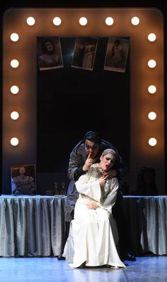 Dongyong  Hoh (Rigoletto), Maria Bagalà (Gilda) - foto di Roberto Ricci (15/10/2015)
