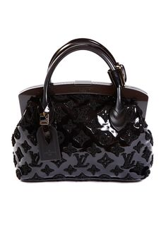 Fashion Designers Louis Vuitton Outlet Let The Fashion Dream With LV Handbags At A Discount! New Ideas For This Winter Inspire You, Time To Shop For Gifts, Louis Vuitton Bag Is Always The Best Choice, Get The Style You Love From Here. Cheap Designer Handbags, Cheap Handbags, Purses And Handbags, Vuitton Bag, Louis Vuitton Handbags, Louis Vuitton Speedy Bag, Fashion Handbags, Fashion Bags, Style Fashion