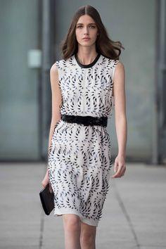 Quaquaversal | Womenswear | Iris van Herpen