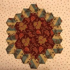 This quilt design is called 'Brinton Hall'. It is based on Anna Margaretta Brereton's world famous bed hangings made by Anna Margaretta, in the village of Brinton Hall, Norfolk, England over 200 years ago. (This piece is done by Paula Willett) Hexagon Quilt, Hexagons, Quilt Design, Quilting Designs, Norfolk England, Foundation Piecing, English Paper Piecing, Flower Applique, Wedge