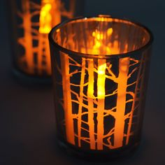 How are you loving the this? It's lovely and create an awesome atmosphere! You should decorate your tables using this! #Candles #weddings #ideas