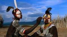 Ethiopian Tribe Create Impressive Designs to Decorate Their Bodies ...