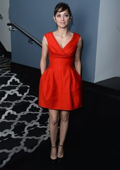 Marion Cotillard jolie robe rouge #marioncotillard