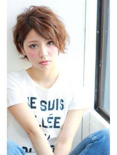 Eyeliner Tape, Short Hair Cuts, Short Hair Styles, Asian Haircut, Cute Shorts, Girl Face, New Hair, Hair Beauty, T Shirts For Women