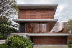 Bravos House 02 850x567 A Contemporary Home in Itajaí, Brazil